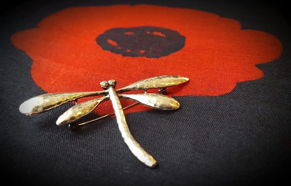 A dragonfly brooch