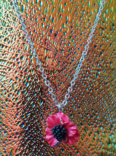 Faith in Nature - Poppy Necklace